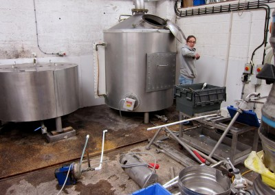 Kelly dismantling the brewkit ready for moving day.
